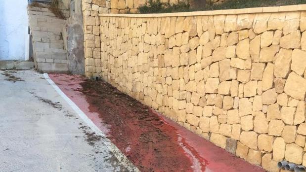 Vecinos de El Campello reclaman que les devuelvan impuestos por falta de alcantarillado
